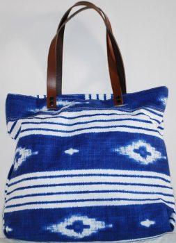 Kék-fehér indián mintás női válltáska