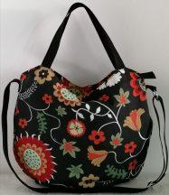 Fekete virágmintás női táska 02
